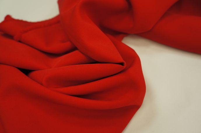 Барби костюмная красный