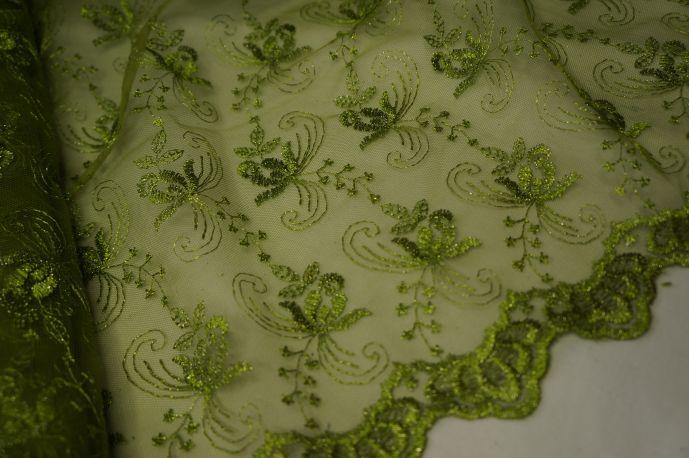 Гипюр с люрексом зеленый