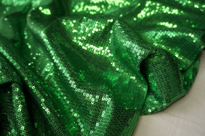 пайетки зеленые 20-29