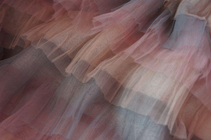 плательная ткань с рюшами из фатина 3