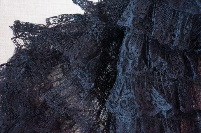плательная ткань с рюшами из гипюра 4